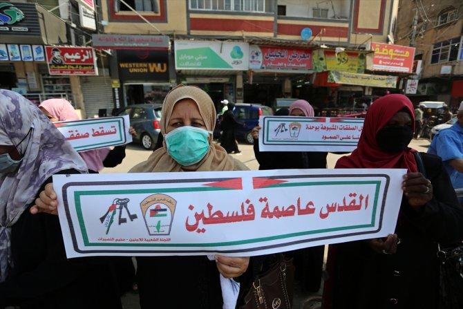 İsrail'in BAE ve Bahreyn'le imzaladığı normalleşme anlaşması Gazze'de protesto edildi