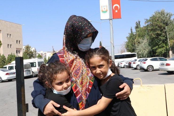 Eşine ve 4 çocuğuna işkence yapan baba hakkındaki soruşturma 'basit yaralama'dan yürütülüyor