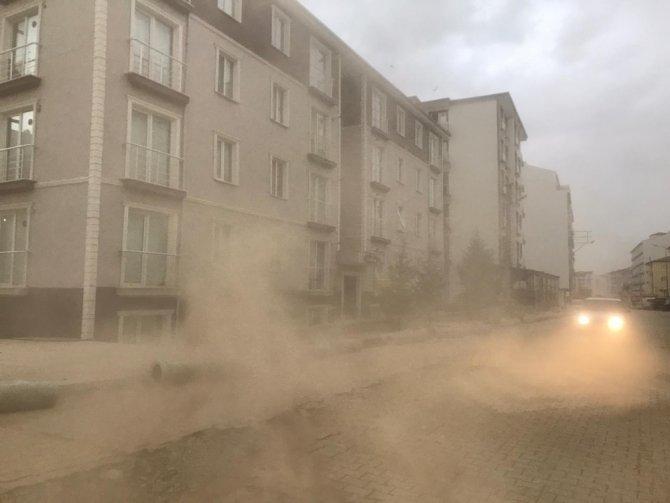 Kum fırtınalarıyla ilgili Konya ve çevresine korkutan uyarı