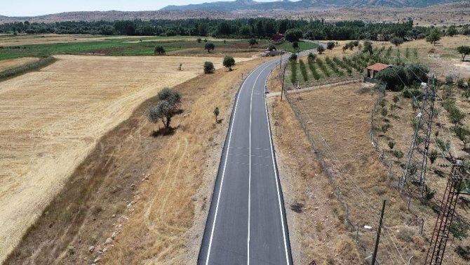 Konya Büyükşehir, Sağlık Mahallesi'nin 4,5 kilometrelik yolunu tamamladı