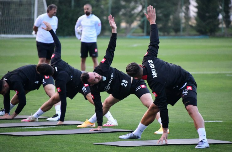 Konyaspor, Beşiktaş maçı hazırlıklarına başladı