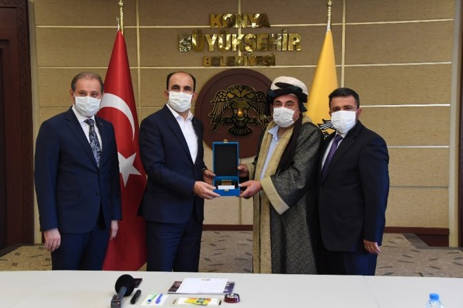 """Karabacak: """"Pandemi sürecinde büyükşehir belediyemiz esnafımıza destek oldu"""""""