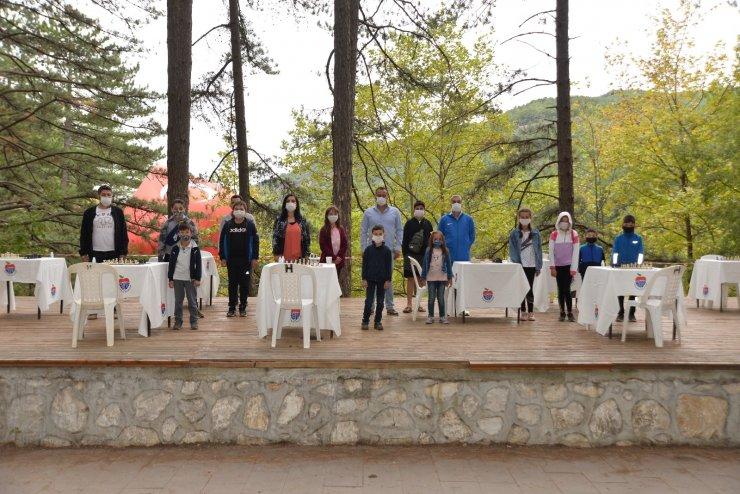 Satrançta Büyükustalar Kaz Dağları'nda hamle yaptı