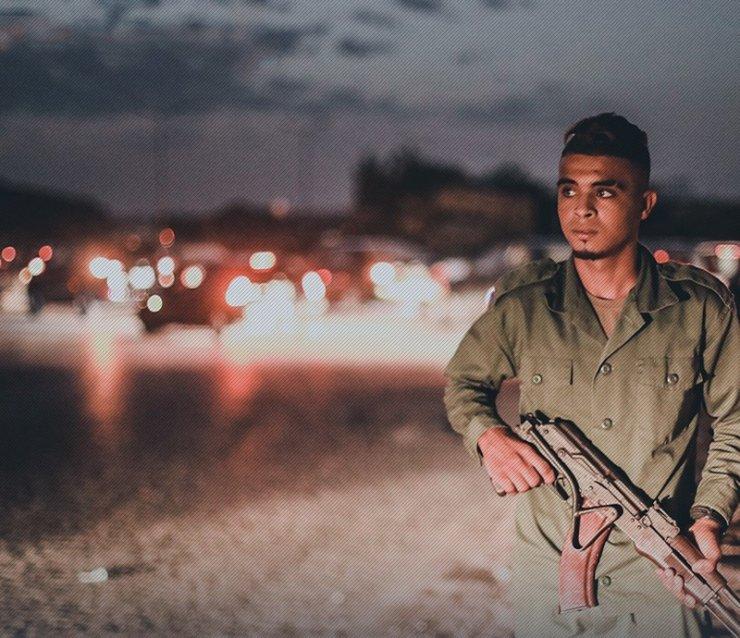 Darbeci Hafter yetim çocukları asker olarak saflarına katıyor