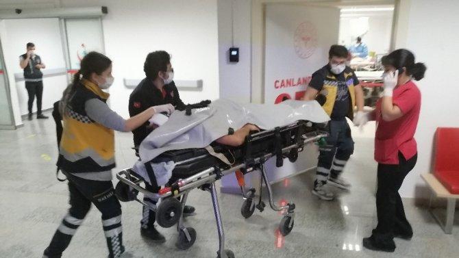 Aksaray'da otomobil, kırmızı ışıkta geçen otomobile çarptı: 5 yaralı