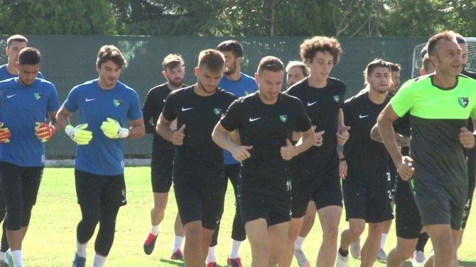 Denizlispor, Konyaspor maçı hazırlıklarına ara vermeden başladı