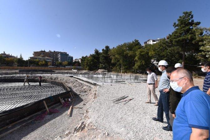 Başkan Altay Millet Bahçesi inşaatını inceledi