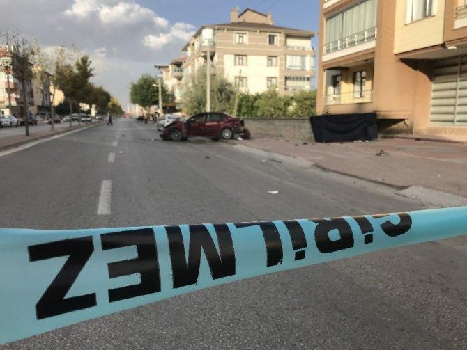Konya'da otomobilin çarptığı baba oğul hayatını kaybetti, anne yaralandı