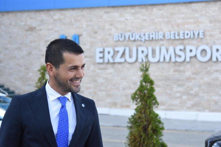 BB Erzurumspor Başkanı Hüseyin Üneş'in Covid-19 testi pozitif çıktı