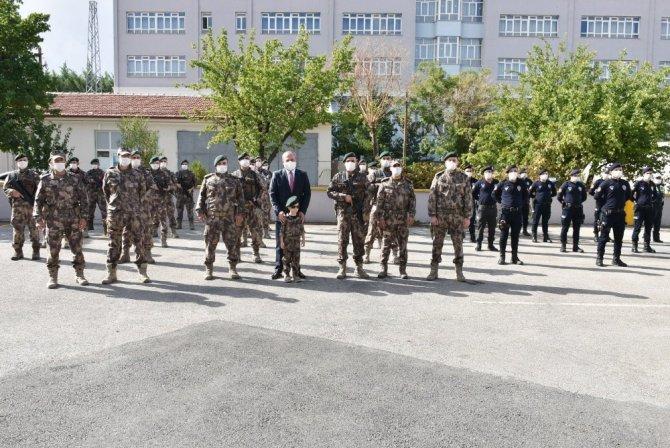 Konya'da görevli Özel Harekat Timleri dualarla Hakkari'ye gönderildi