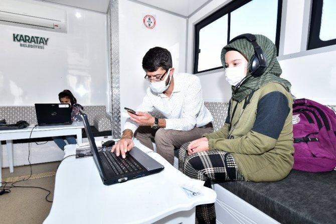 """Karatay """"Mobil EBA Destek Noktası"""" projesi hayata geçti"""