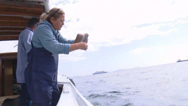 İstanbul'un 'kayıtsız' kadın balıkçıları