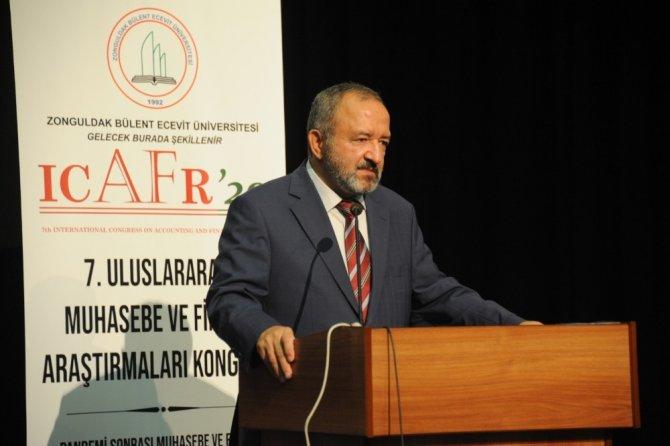 Uluslararası Muhasebe ve Finans Araştırmaları Kongresi düzenlendi