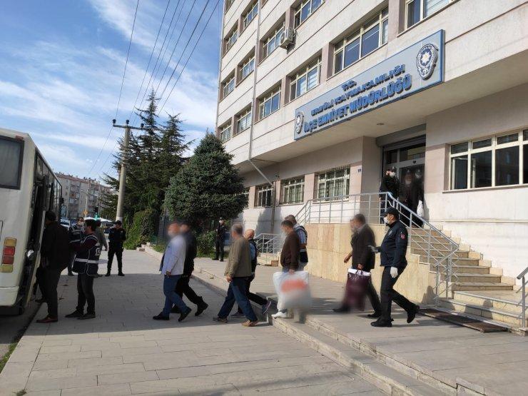 Konya'da tefeci operasyonu: 8 gözaltı
