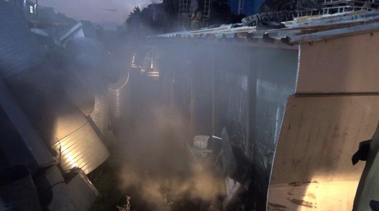 Silivri'de kauçuk fabrikasında yangın