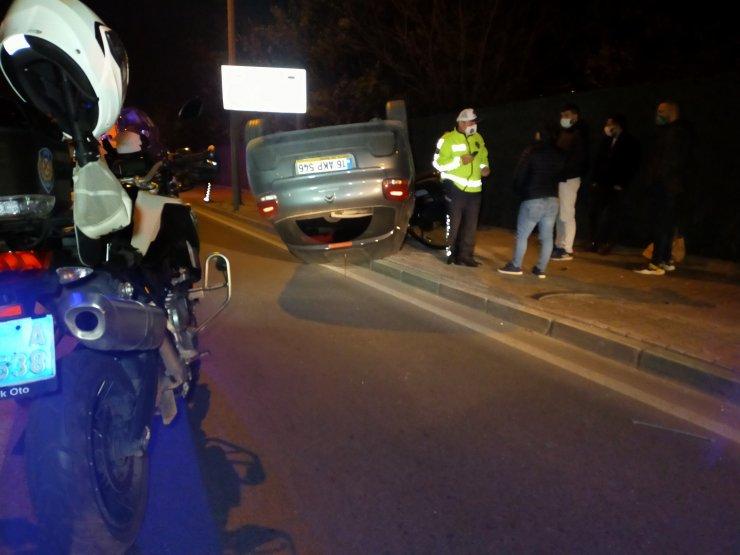 Kısıtlamada paket servise çıkan otomobil takla attı: 3 yaralı