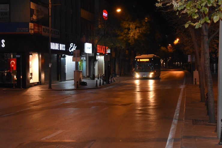 Konya'da sokağa çıkma kısıtlamasına uyuldu