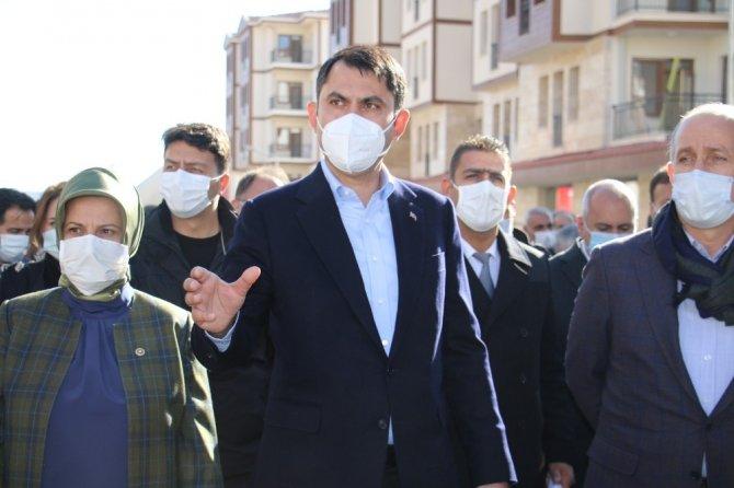 """Kurum: """"Elazığ'da 19 bin 500 konuttan 2 bin 500'ünü tamamladık"""""""