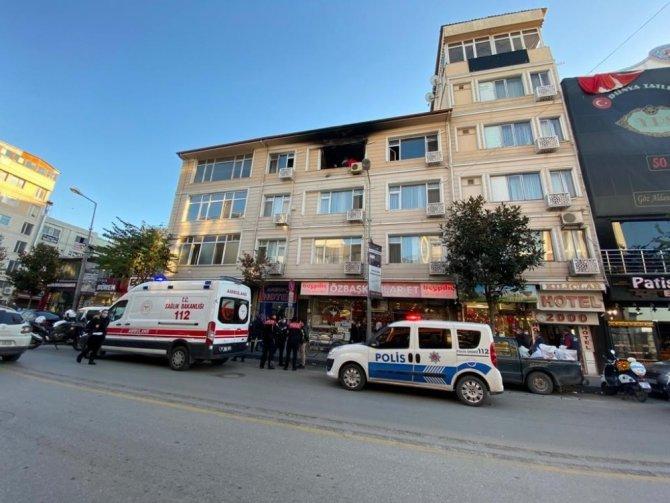 Yangından 8 buçuk saat sonra cansız bedeni bulundu