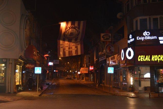 Konya, Afyonkarahisar, Karaman ve Aksaray'da cadde ve sokaklarda sessizlik hakim oldu