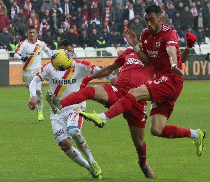 Sivasspor ile Göztepe 15. randevuda