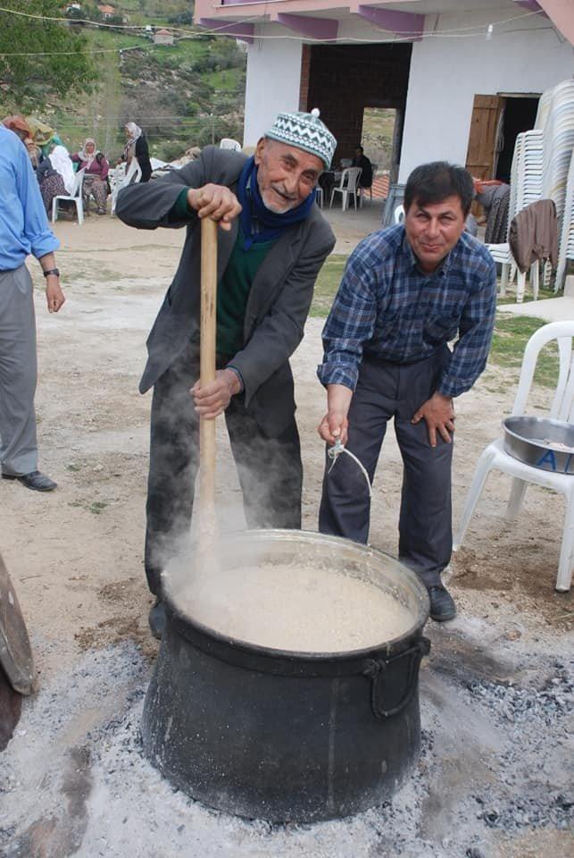 Aydın'ın en yaşlı keşkekçisi hayatını kaybetti