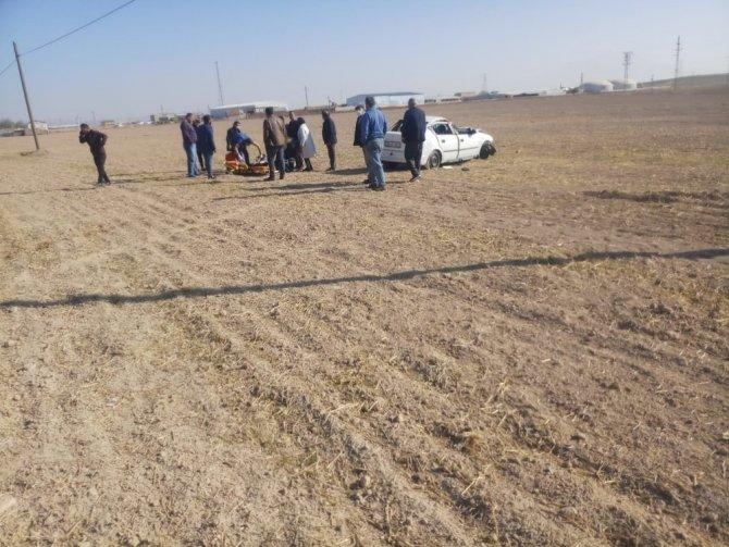 Konya yolunda otomobil şarampole devrildi: 4 yaralı