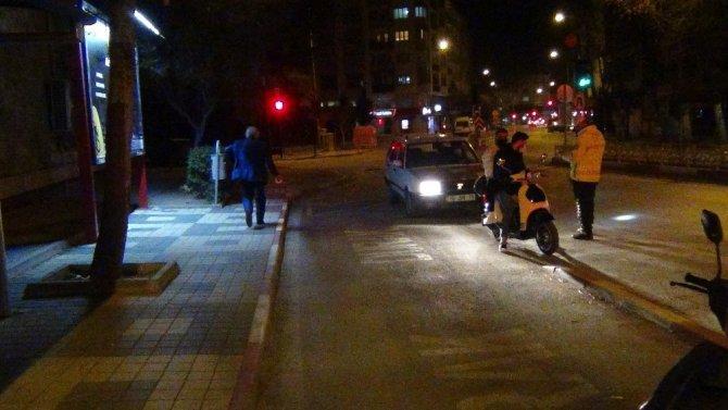 Ehliyetsiz sürücü 3 bin 12 TL ceza yedi, kalan yolu yaya olarak devam etti