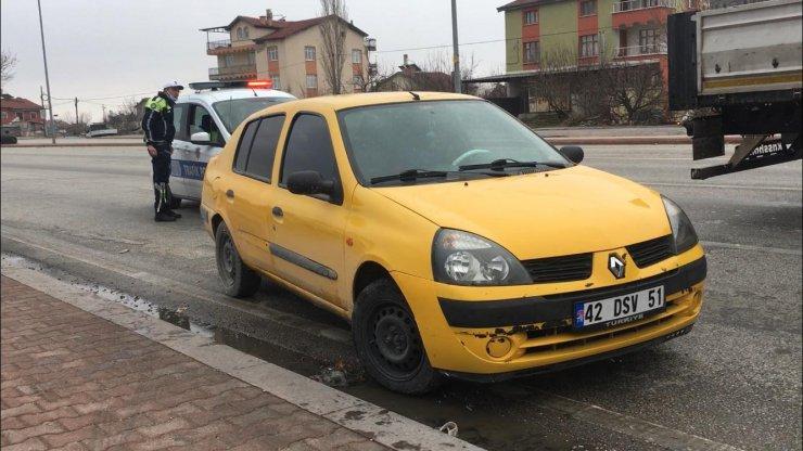 Konya'da kısıtlamada kovalamaca sonucu yakalanan sürücüye 12 bin TL ceza!