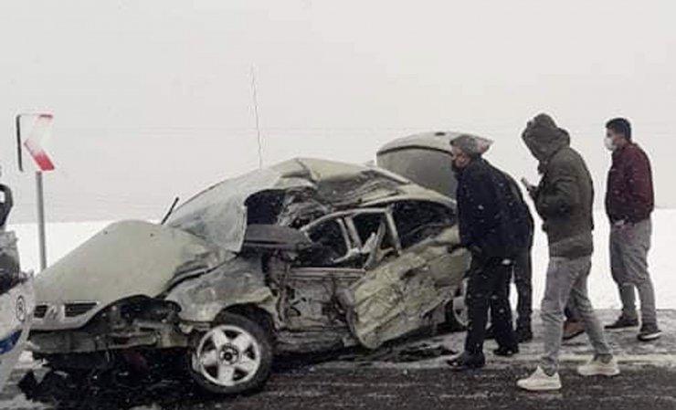 Erzurum'da hastane dönüşü feci kaza