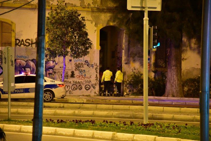 İzmir polisinden yürek ısıtan görüntüler