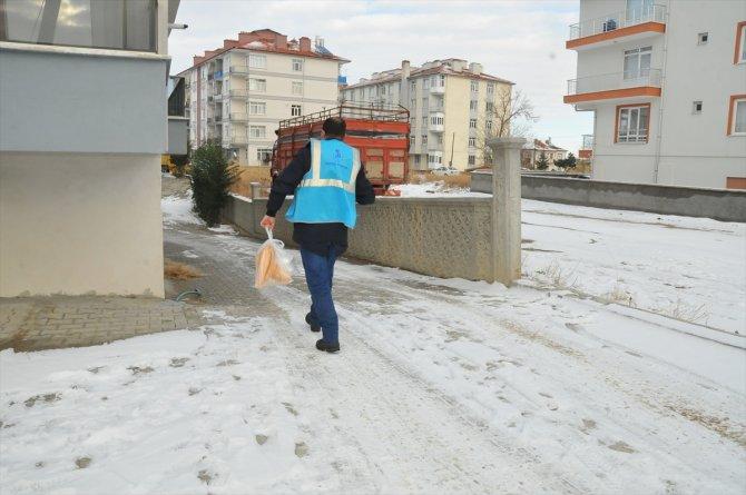 Kovid-19 hastalarına sıcak yemek desteği