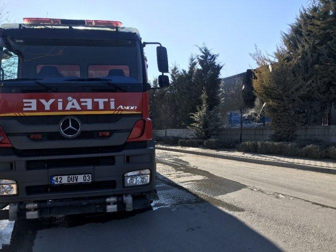 Konya'da fabrika trafosunda çıkan yangın korkuttu