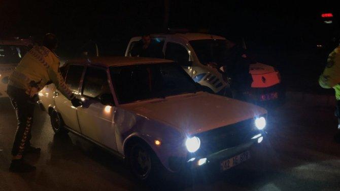 Konya'da alkollü ve ehliyetsiz sürücü polisten 60 kilometre boyunca kaçtı!