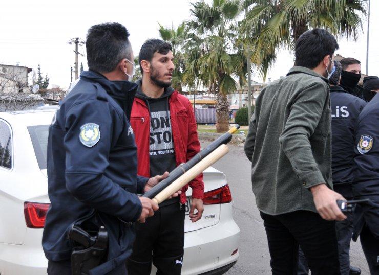 Antalya'da silahlı, sopalı, muştalı kavga: 3 yaralı