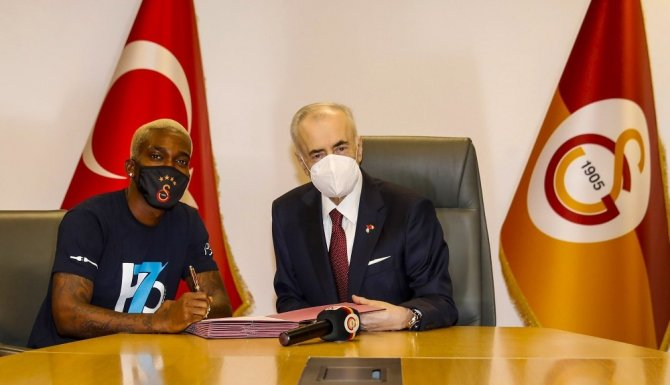 """Mustafa Cengiz: """"Bence evin oğlu Onyekuru"""""""