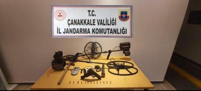 Çanakkale'de 4 define şüphelisi yakalandı