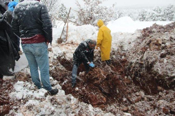 Konya'daki cinayetle ilgili flaş açıklama! Cesedi gömdükleri yeri gösterdi, 'bana bu iş zorla yaptırıldı' dedi