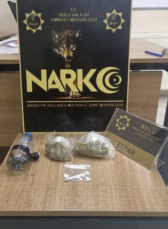 17 gram esrarla yakalanan 2 kişi adliyeye sevk edildi