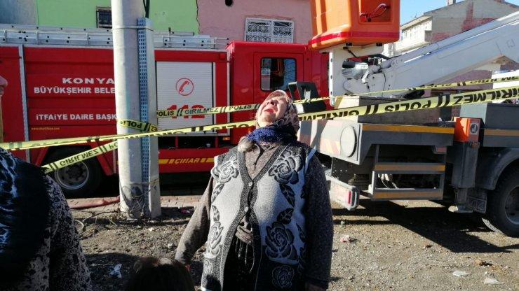Konya'da ev yangını! anne öldü, 3 yaşındaki Okay ve dayısı kurtarıldı