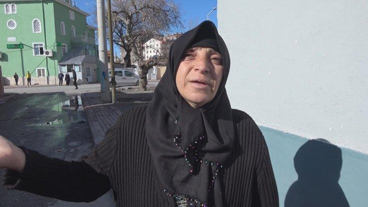 Yangında vücudu yanıp, annesini kaybeden Okay, Ankara'daki hastaneye sevk edildi