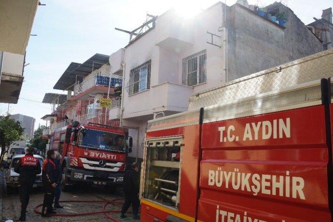 Aydın'da ev yangını; 1 yaralı