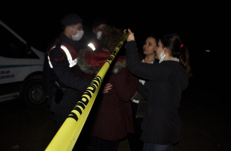 Otomobilde başlarından vurulan 4 genç ölü bulundu