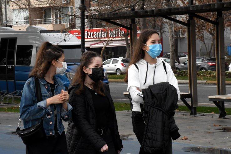 Prof.Dr. Ertuğrul: Pandeminin üçüncü dalgasına doğru gidiyoruz