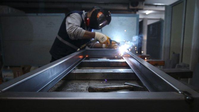 Türkiye'de 2 milyon 69 bin 476 sendikalı işçi bulunuyor