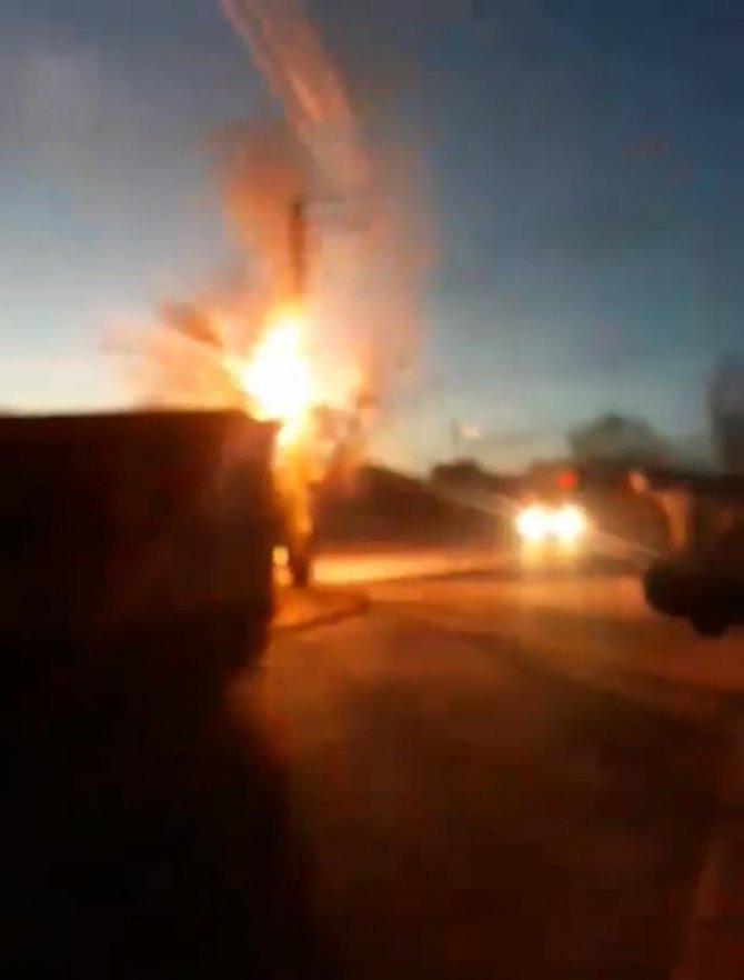 Konya'da elektrik direğinde yangın paniği