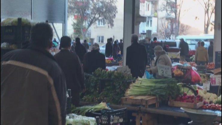 Pazar yerinde silah sesleri yükseldi, vatandaşlar endişe yaşadı