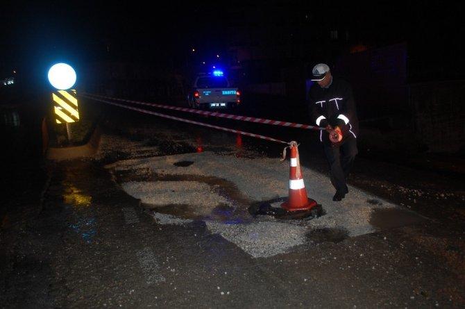 Tekirdağ'da şiddetli sağanak sonrası yol çöktü, sokaklar göle döndü