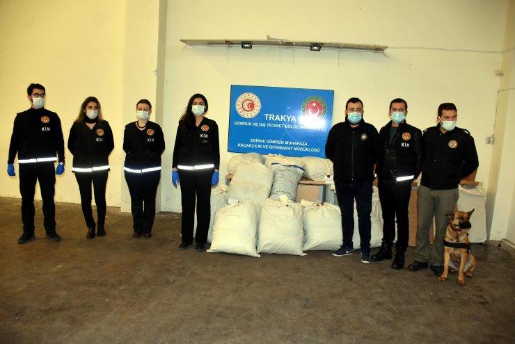 Arnavutluk'tan gelen TIR'da 30 milyon lira değerinde 230 kilo esrar ele geçirildi