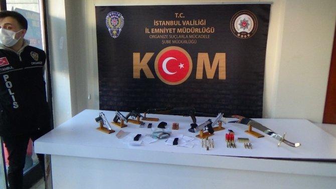 İstanbul'da çete operasyonu: 19 şüpheli yakalandı